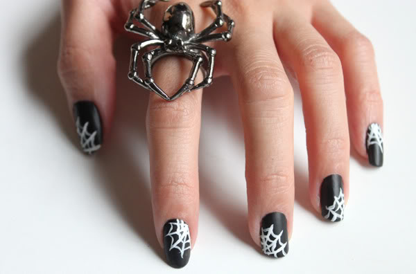 Spiderweb Nails. Cool Halloween Nail Art which show off your spooky spirit during the freakish festivities.