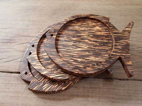 Fish Shape Palm Wood Coaster.