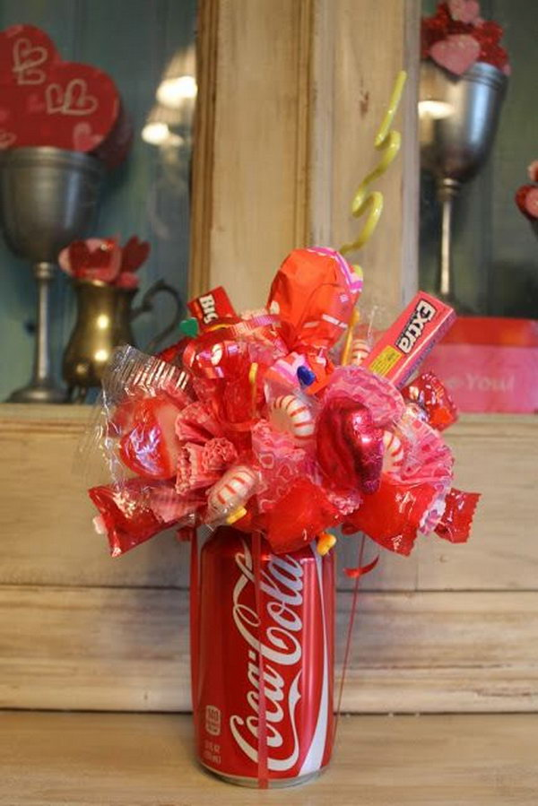 How to make a soda can candy bouquet. After drinking soda from aluminum cans, you can recycle your soda cans to create interesting projects instead of tossing the empty cans into the garbage or recycling bin.