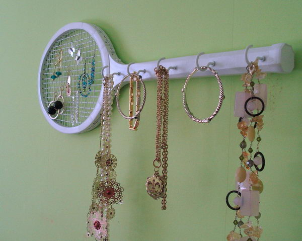 Tennis Racket Jewelry Storage.