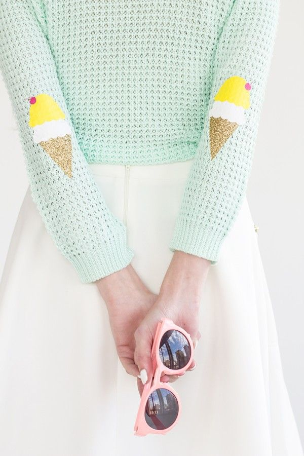 DIY Ice Cream Cone Elbow Patches. Create a style of intelligence, distinction and romantic fashion. Give your old sweater or jacket a new life.