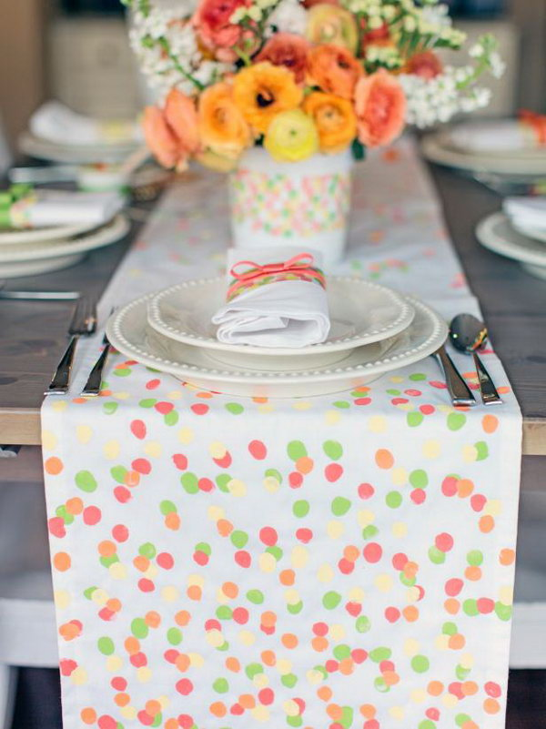 Table Runner. This fingerprint table runner is quite simple to make. It will be an amazing present for your mom to make your kitchen colorful.