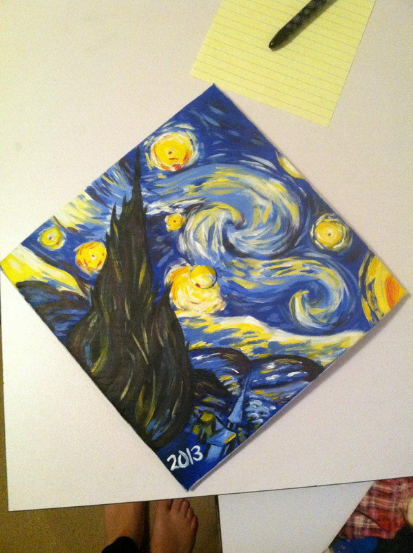 Painting Style Graduation Cap. Style your graduation cap in an artful design by covering a picture of the famous painting. This will definitely add up the artistic flavor for aesthetic eyes.