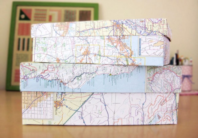 Map Covered Shoe Boxes. Wrap up your shoes boxes with map paper to transform it from the plain look into a trendy one. This  creative idea suits not only for shoe boxes, it also applies for gift boxes as well.