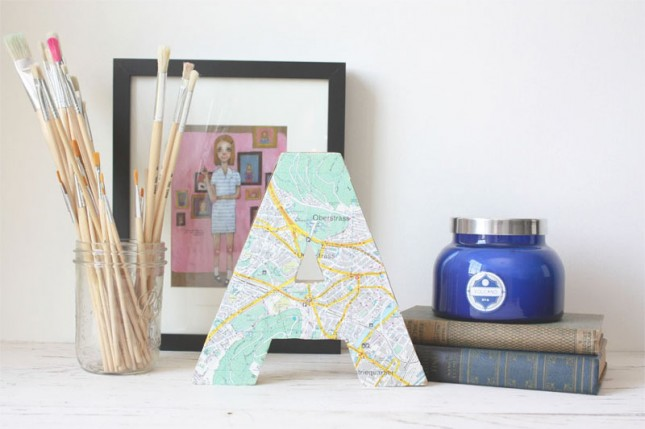Initial Letter Map Decor. Wrap up the initial letter with map patterned paper to transform it into a super chic outlook for trendy decoration.