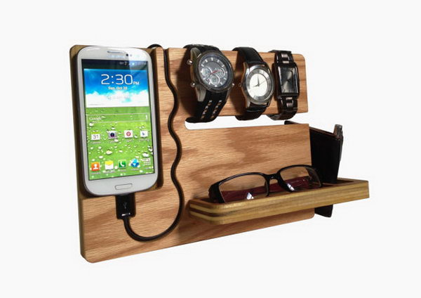 Watch and iPhone Dock. The watch and iPhone dock features rich solution to display your items. The integrated slot can keep your watches, the carved pocket can store your sunglasses and the side slot can store your wallet. It's perfect to display your iPhone and keep your items organized.