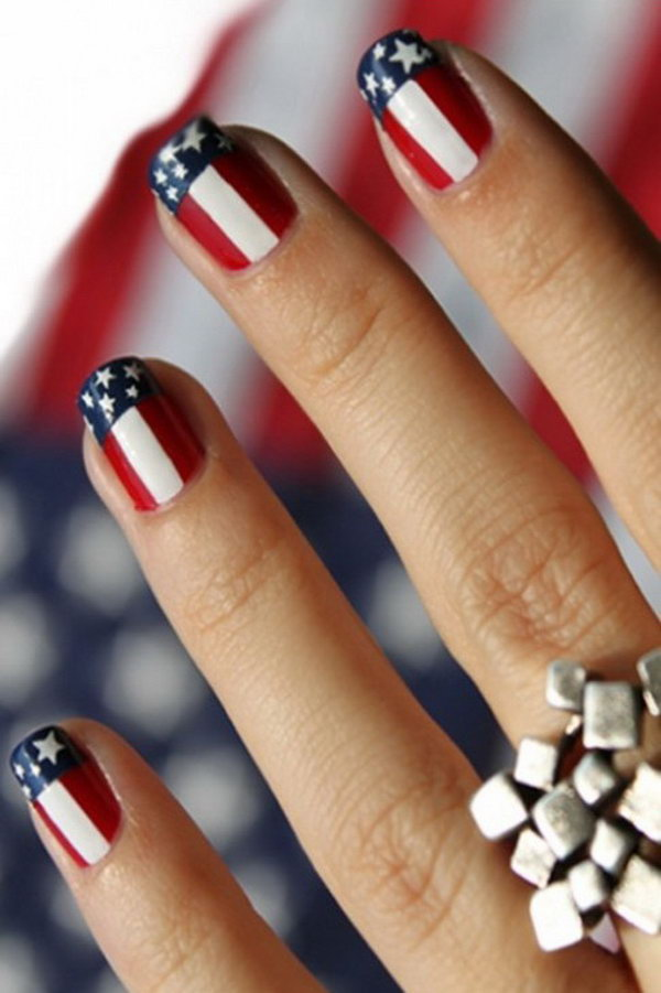 American Flag inspired Nail Art