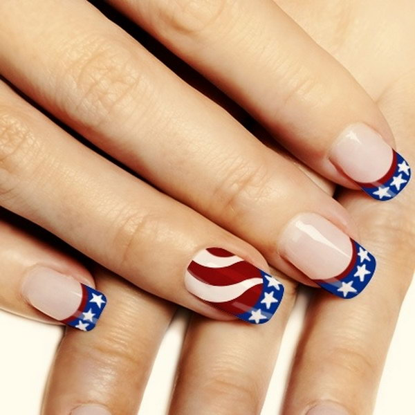 Patriotic Stars and Stripes Nail Art on Acrylic Base: I'm always in love with acrylic nails because of their clean and polish look. And this nail art is the perfect way to rock the patriotic colors.