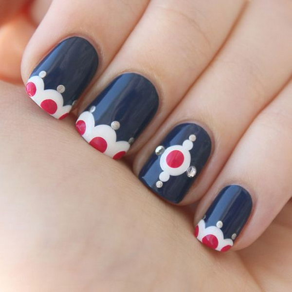 4th of July Patriotic Dot Nail Art.