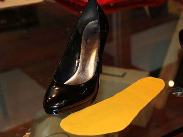 Fix Slippery Heels with DIY Fabric Insert