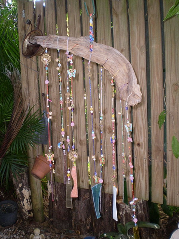 Amazing diy wind chime ideas tutorials for your garden for Easy to make wind chimes