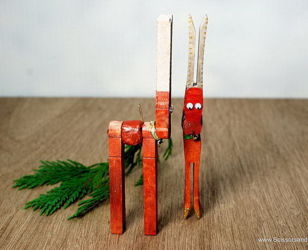1 diy christmas reindeer from clothespins
