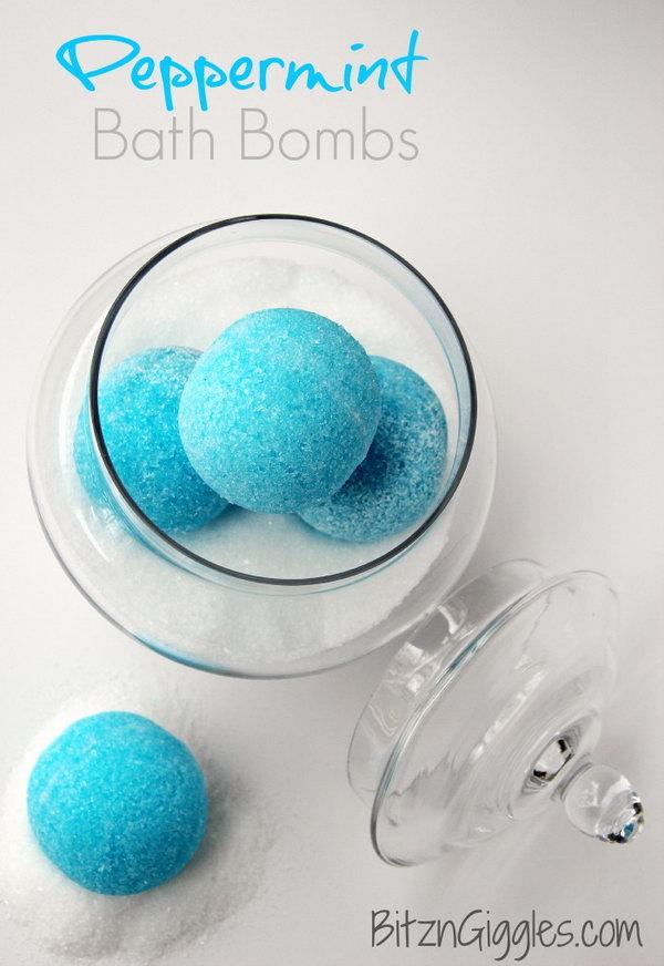 Homemade Peppermint Bath Bombs.