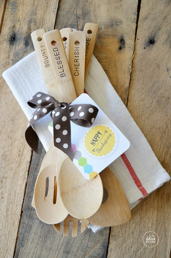 Hand Stamped Wooden Utensils. What a great Thanksgiving hostess gift or a Christmas gift idea!