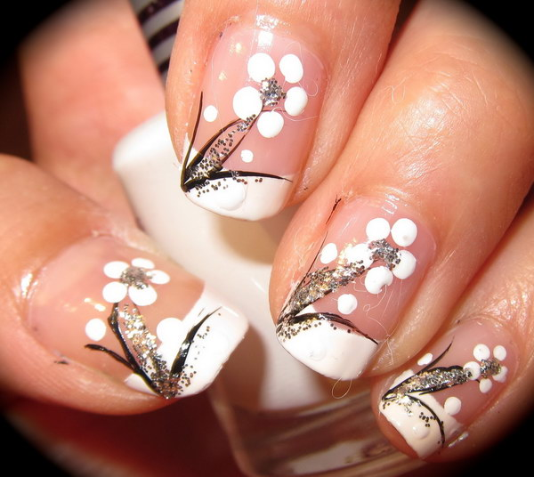 Black and White Floral Nail Art Design