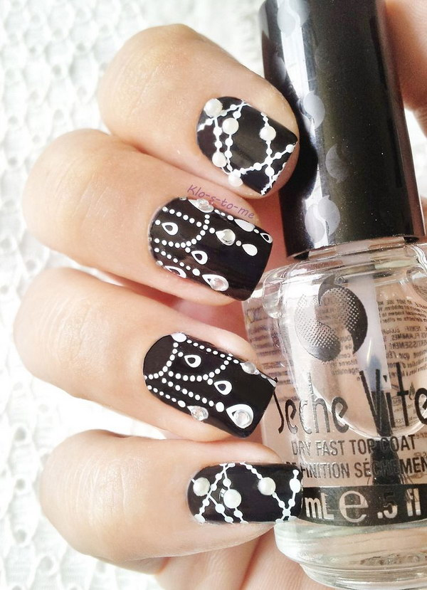 Black and White Dreamcatcher Nails