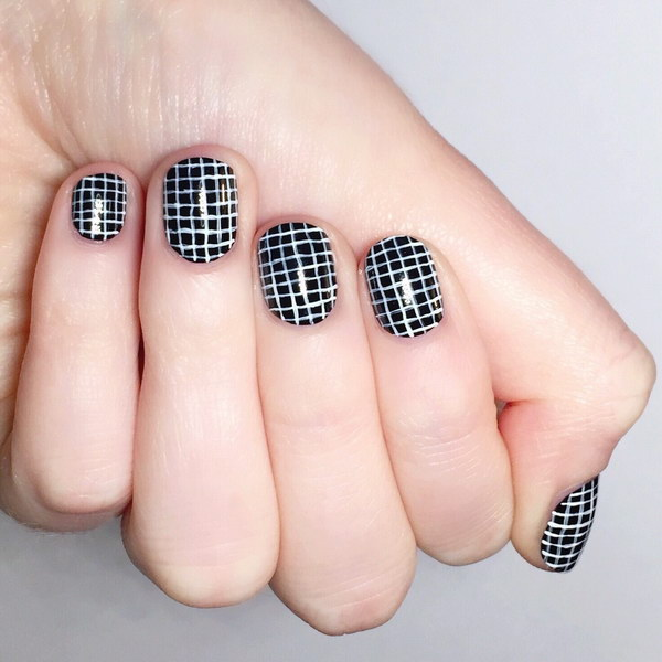 White and Black Crosshatch Nail Art