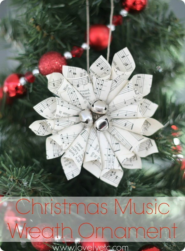 Christmas Music Wreath Ornament.