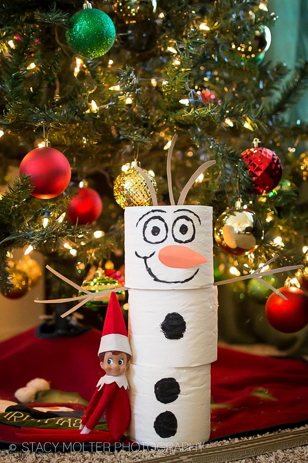 Toilet Paper Snowman and Elf for Christmas Decoration.