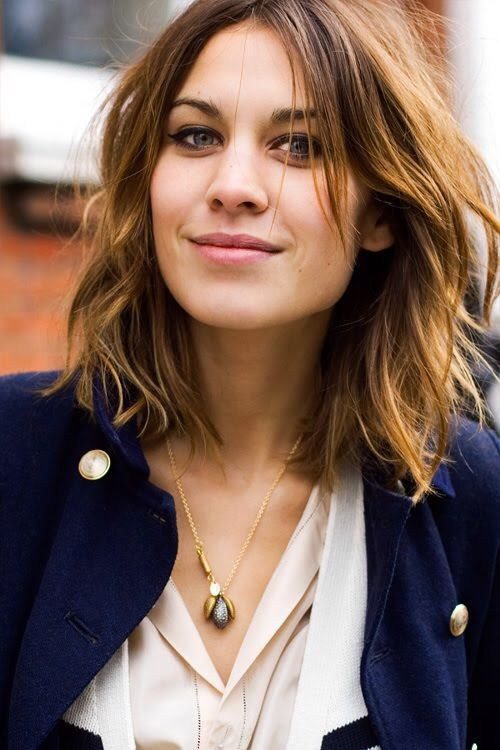Cool Shoulder Length Layered Hairstyle.