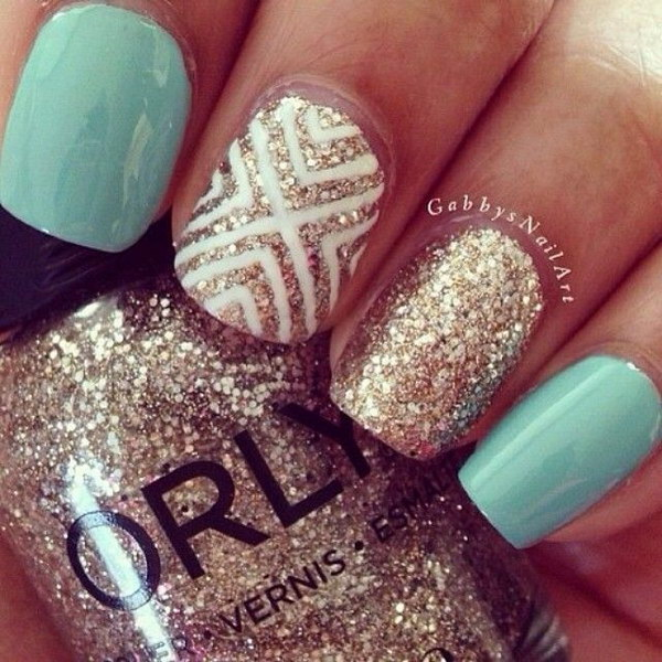 Sparkly Mint and Gold Geometric Nail Art Desgin