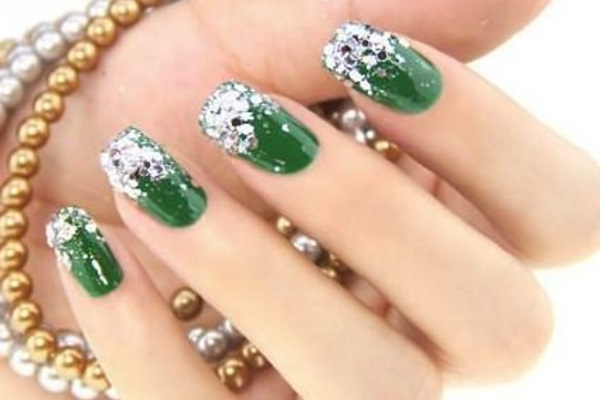 Silver Glitter Tips Emerald Nail Art Design