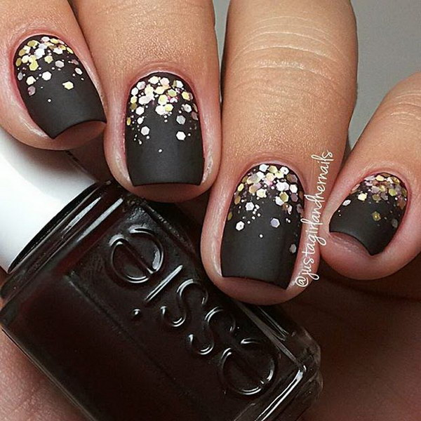 Gold Sequins Accent Matte Nail Art.
