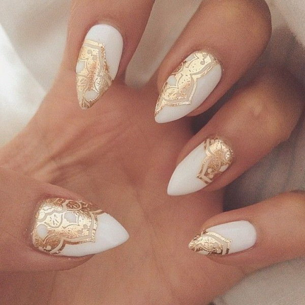 35 elegant and amazing white and gold nail art designs white and gold stiletto nails prinsesfo Choice Image