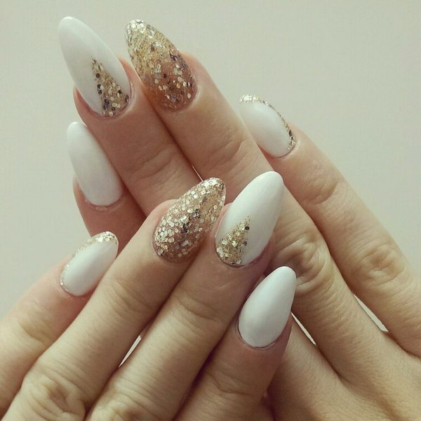 35 elegant and amazing white and gold nail art designs almond shaped white gold nails prinsesfo Choice Image