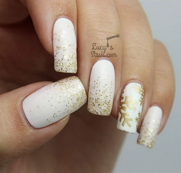 35 elegant and amazing white and gold nail art designs festive white and gold snowflake nails prinsesfo Choice Image