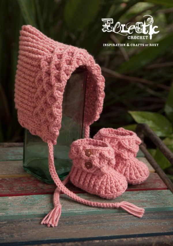 Easy Crochet Crocodile Pixie Hat and Booties