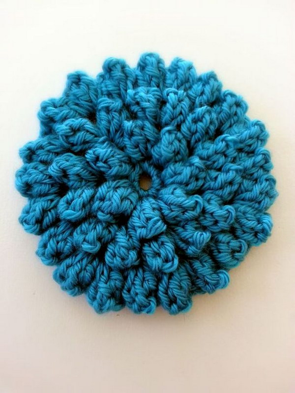 Popcorn Stitch Flower Free Pattern with Video Tutorial