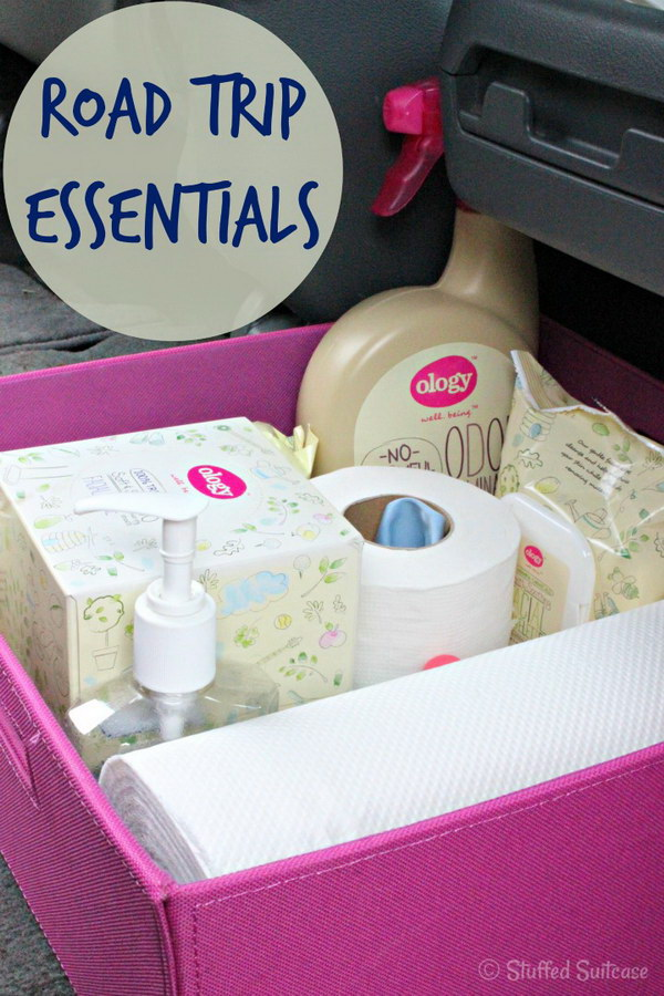 Road Trip Essentials Supply Kit for packing your car for a roadtrip.
