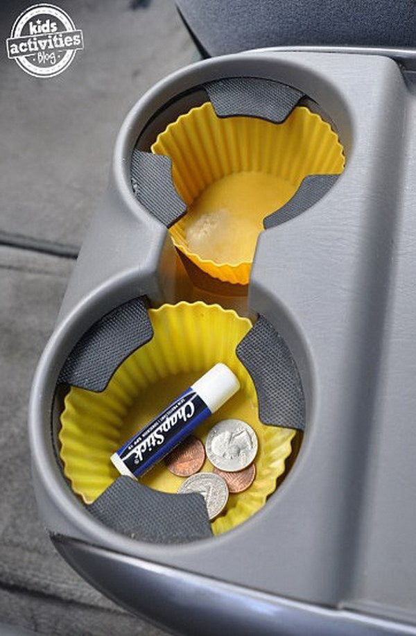 Do your cup holders get full of crumbs and gunk? This will be hard to clean. Don't worry, you can make things easy by using some silicon cup cake liners as inserts. Easy clean up! .