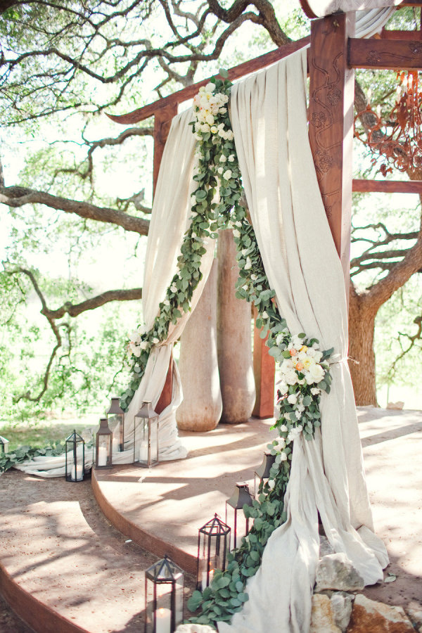 Wedding Ceremony Backdrop with Flower Garland