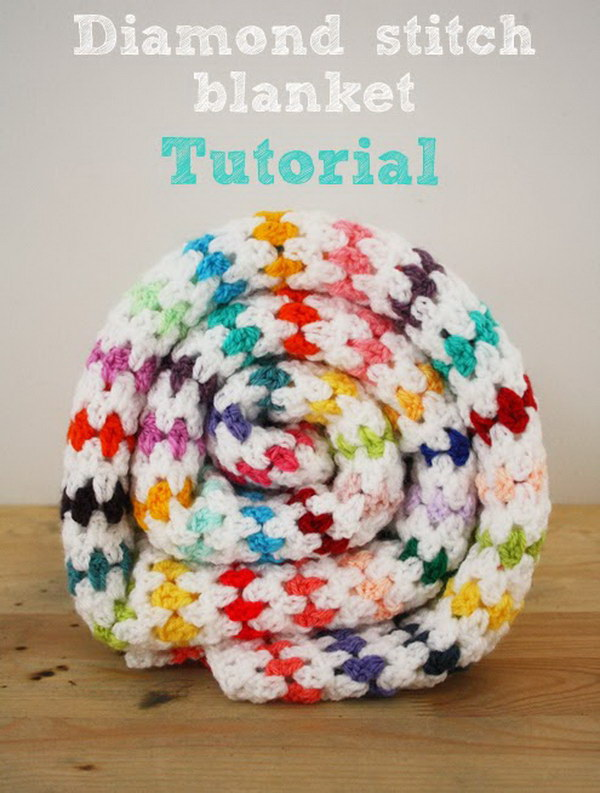 Crochet Patterns And Tutorials : 20+ Awesome Crochet Blankets With Tutorials and Patterns - Styletic