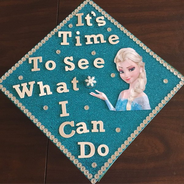 Disney Frozen Themed Graduation Cap Decorating