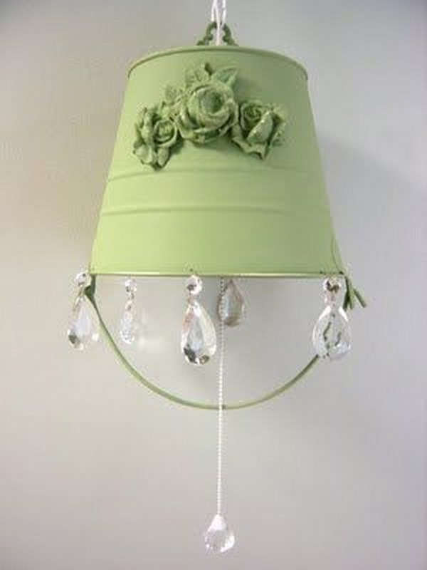 30 diy ideas tutorials to get shabby chic style for Lampe style shabby chic