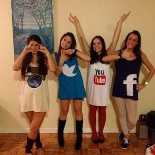 20+ Best Friend Halloween Costumes for Girls