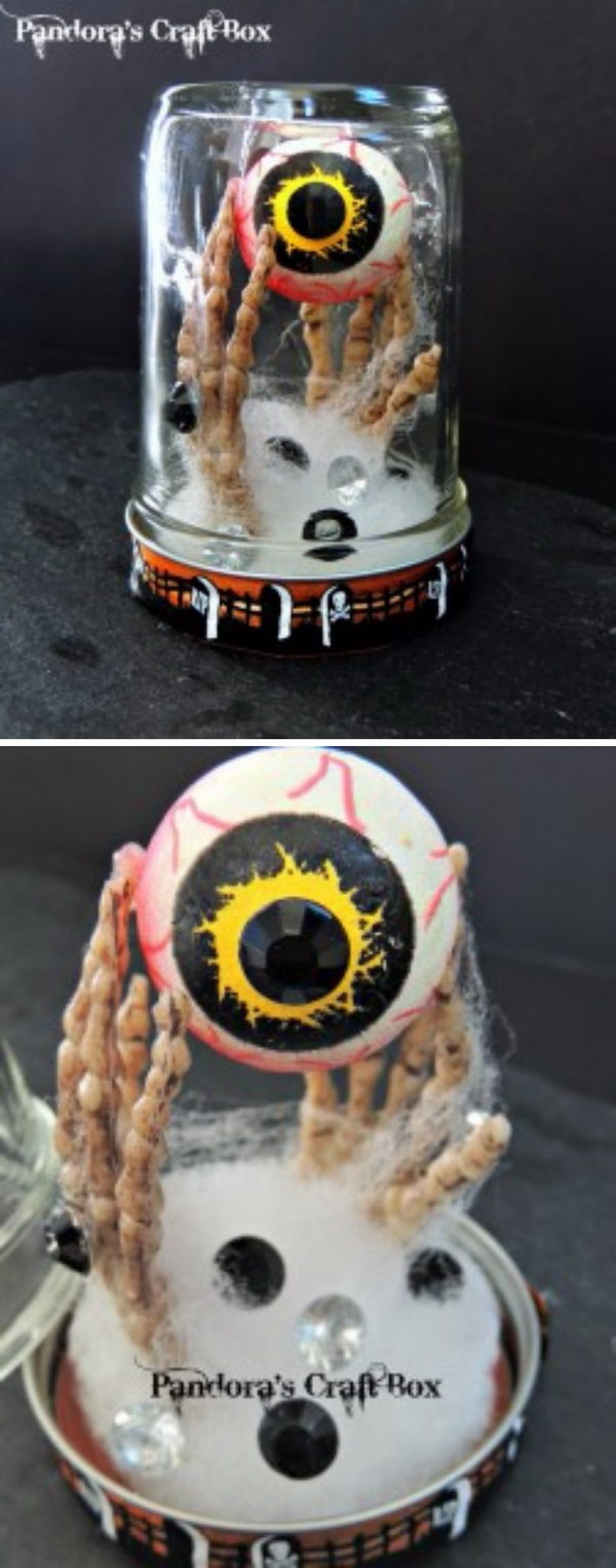 DIY Creepy Halloween Mason Jar.