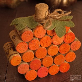 Stylish DIY Pumpkin Crafts for Thanksgiving Decoration