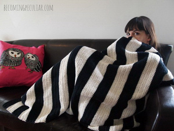 Crochet Striped Cotton Black and White Throw Blanket.