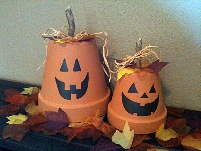 Super Easy Cute Pumpkin Terracotta Pots.