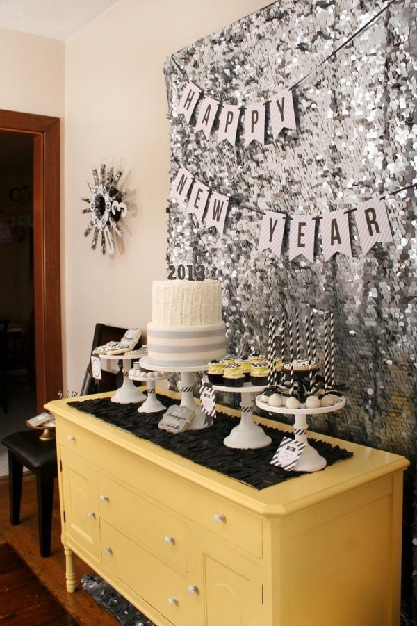 DIY Awesome Buffet Table Backdrop