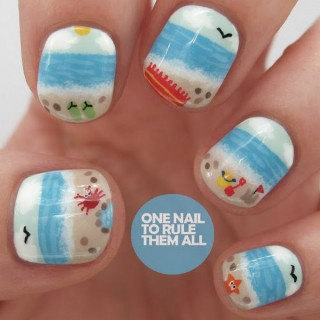 30+ Beach Themed Nail Art Designs