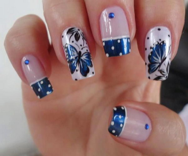 Bule Tips Butterfly Nails.