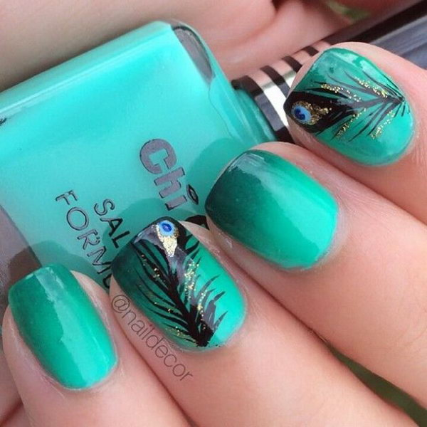Peacock Feather Nails. Very pretty! I have to say, I am really into this feather design.