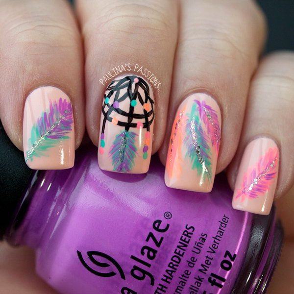 Dreamcatcher Feather Nails. Very pretty! I have to say, I am really into this feather design.