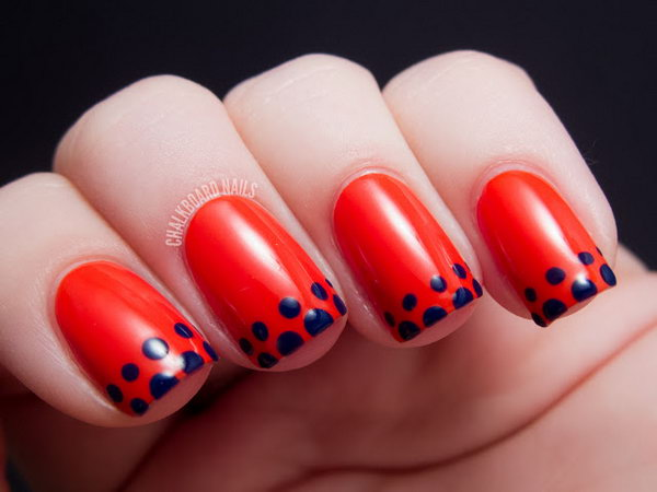 Easy Dotted French Tip Manicure. See the tutorial