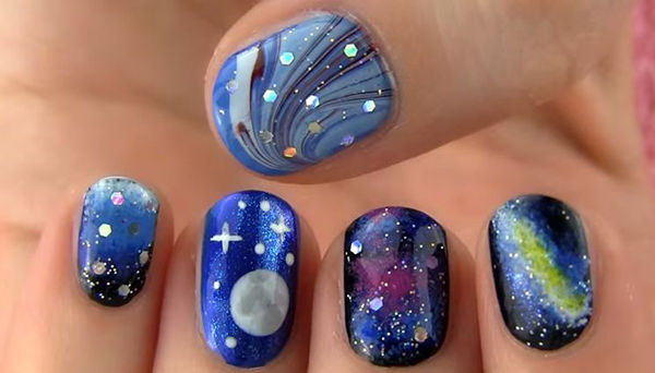 50 gorgeous galaxy nail art designs and tutorials galaxy and full moon nail art get the tutorial solutioingenieria Gallery